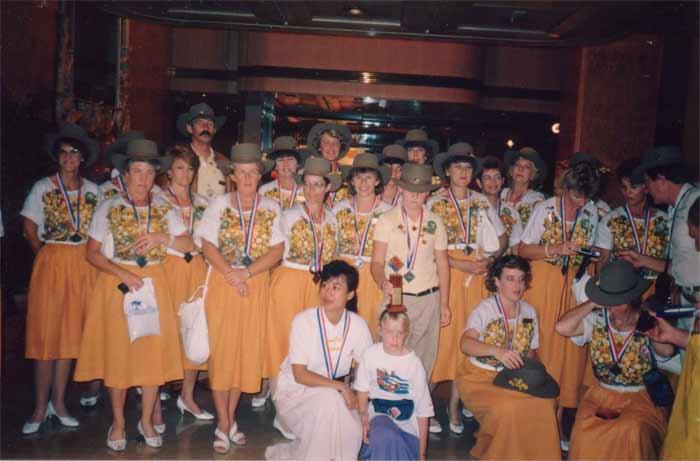 PH-Lillies-medals-HK1987-L